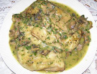 W Mojej Kuchni Lubię.. : uda kurczaka w sosie pieczarkowo-porowo-pietruszko...