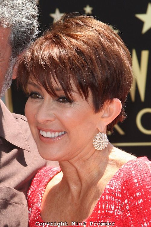 """I just had the biggest epiphany in a long time!! Patricia Heaton of """"Everybody Loves Ramon"""" is one fucking gorgeous but mainly she has rocked so manly adorable hairstyles whether it's a long layered hairstyle or a medium bob to a shorter pixie styles"""