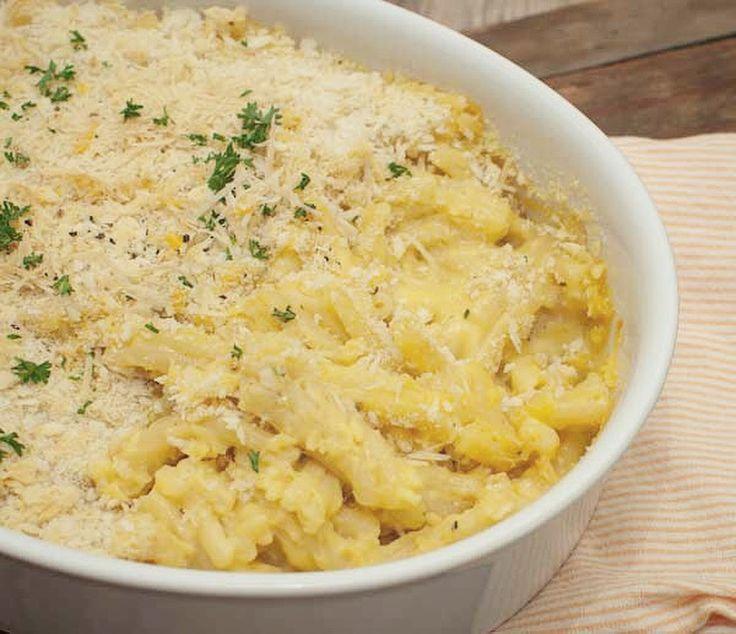 Comfort food op zijn best. Deze mac & cheese met truffel is makkelijk om te maken en ongelooflijk lekker. Een fijn gerecht voor op een doordeweekse avond.