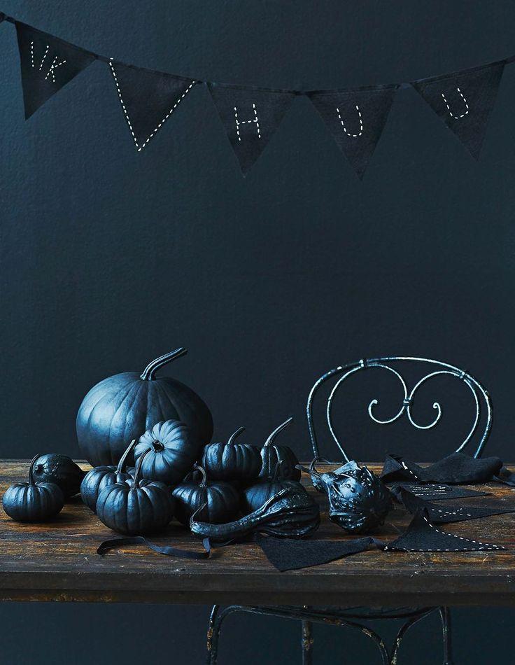Korista koti halloween-ajan kunniaksi tummilla sävyillä. Tykötarpeet askartelet helposti itse.
