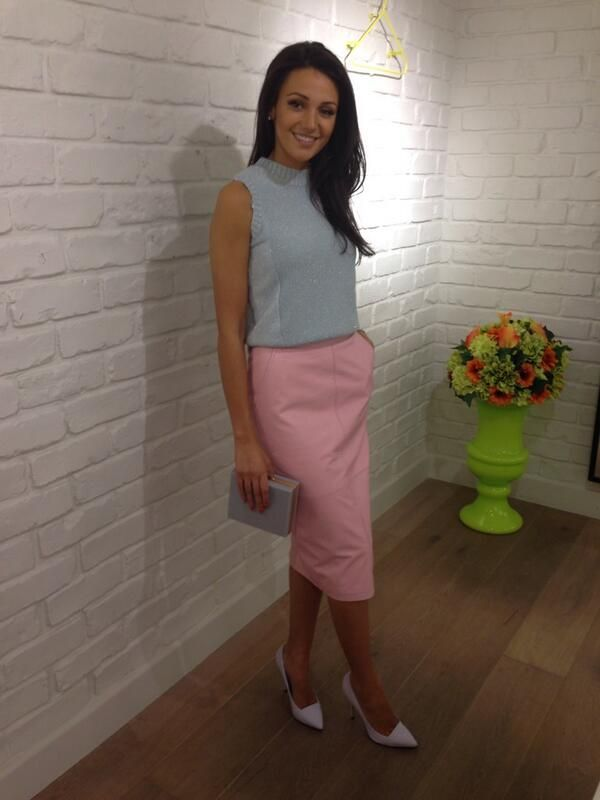 The gorge Michelle Keegan in her all #riverisland pastel ensemble for the Lorraine #HSFA2014!