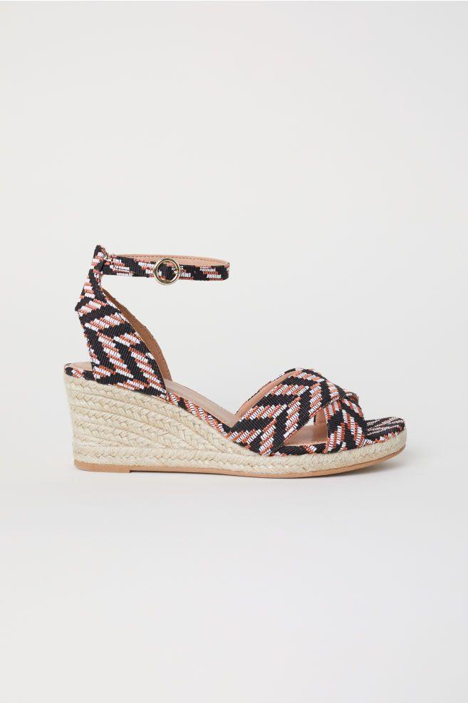 76814ff8423bc4 Sandales à talon compensé | Shoes | Sandale talon compensé, Talons ...