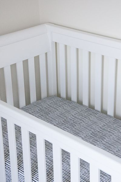 Tutorial to sew your own fitted crib sheets...because I do not need gaudy monkeys in the nursery.