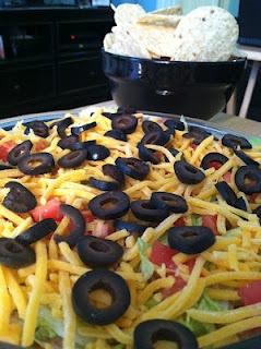'Nacho' Average Taco Dip!