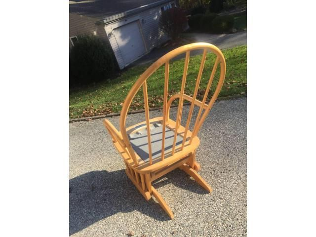 Strange Beautiful Dutailier Gliding Rocking Chair Made In Canada Theyellowbook Wood Chair Design Ideas Theyellowbookinfo