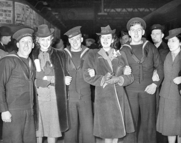 Models leave London for South America to exhibit British fashions, 15th March 1941: The models left from a London station. (Photo by Planet News Archive/SSPL/Getty Images) #london #war #East_End
