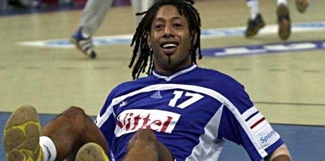 Jackson Richardson lors du titre  mondial en 2001