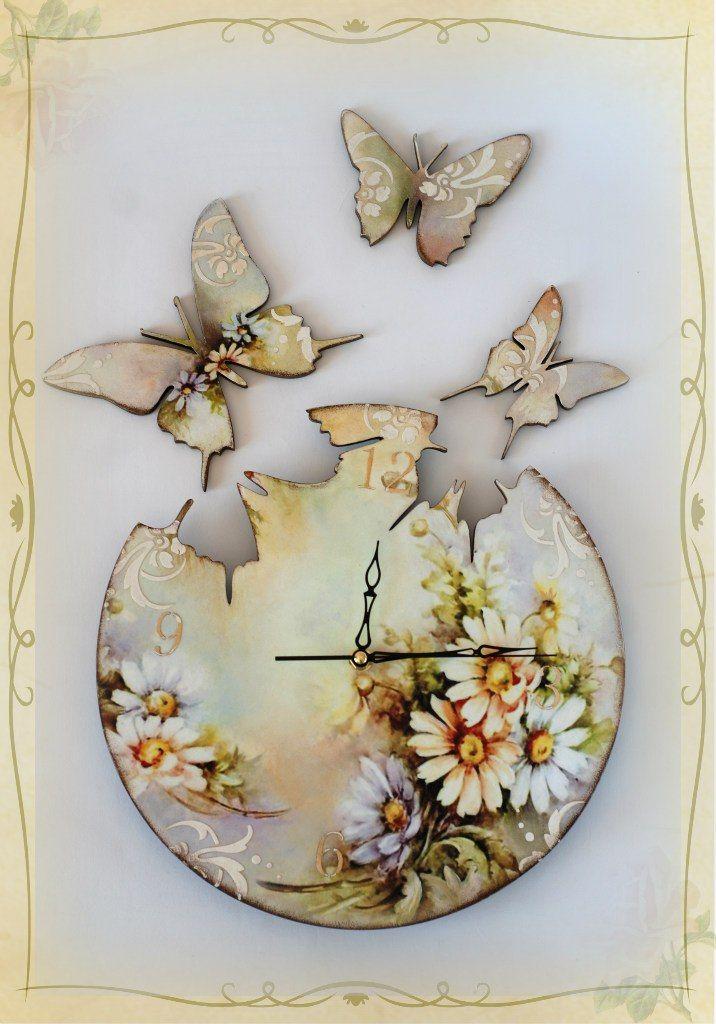 часы с бабочками