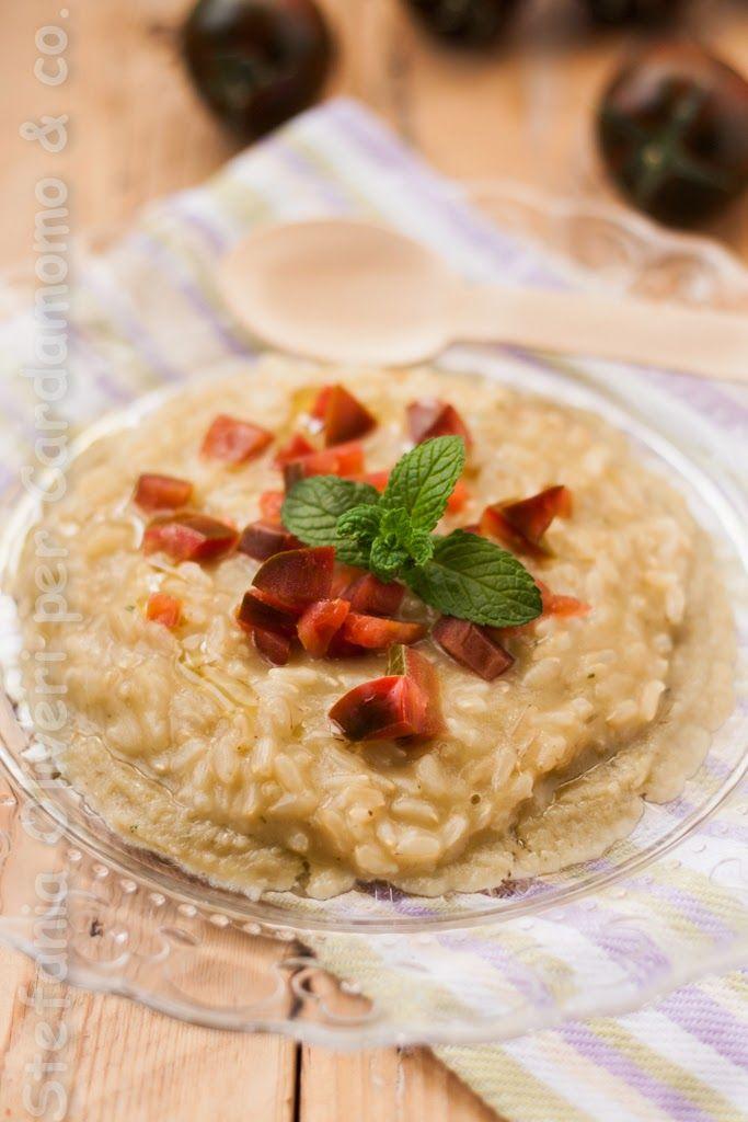Uno dei risotti più buoni mai mangiati questo con la mousse di melanzane e pomodorino pachino. Ricetta vegan e senza glutine,