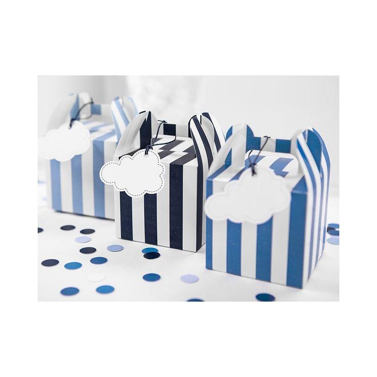 https://www.paperconcept.pl/pl/artykuly-slubne-urodzinowe/15470-zawieszki-dekoracyjne-chmurka-71-x-52-cm-6-szt-zdz6.html