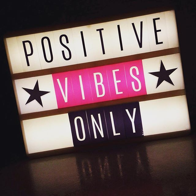 Positive vibes with the Heidi Swapp Lightbox