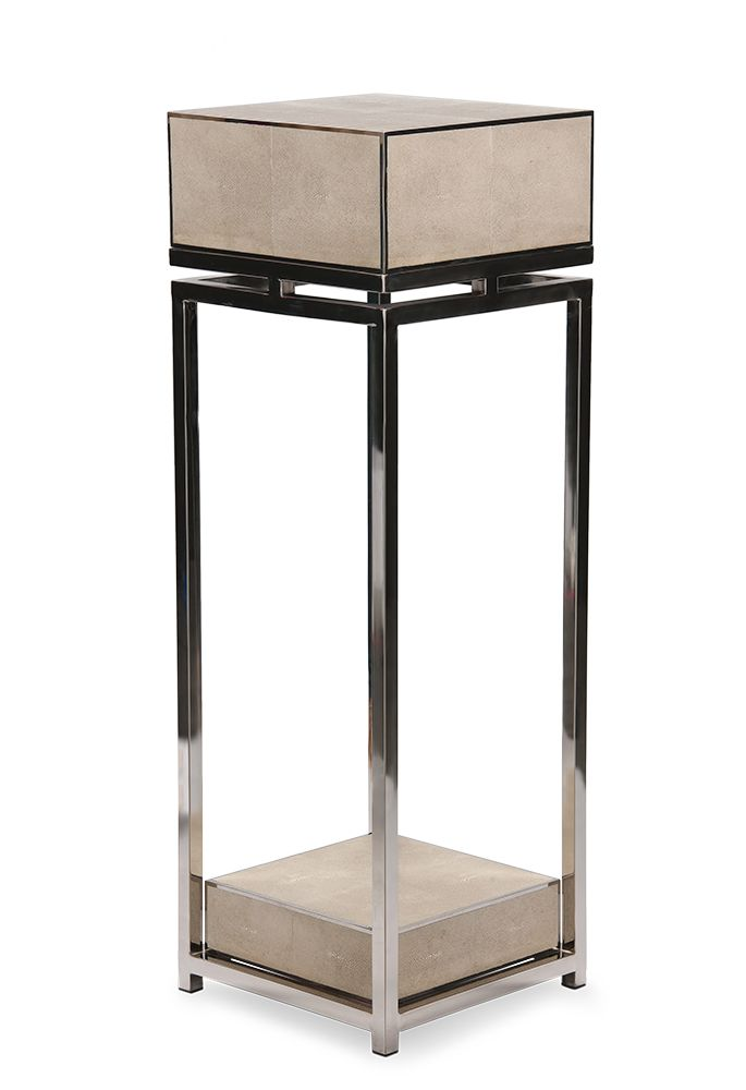 Pillar, CENTRY SILVER, white resin stingray and polished stainless steel frame.