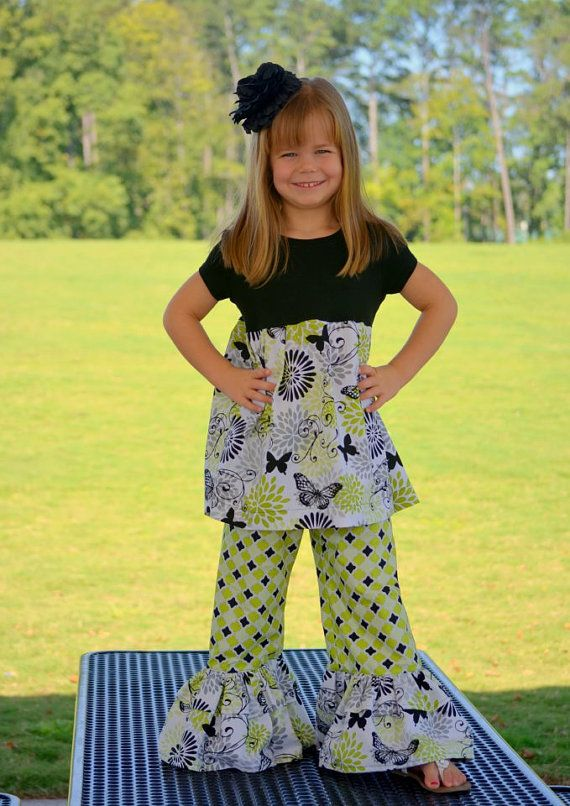 Ruffle Pants PDF Pattern Girls size12M-6 Sewing Pattern Tutorial E Book    Say hello to Whitney!!    Dont let the price fool you, this is a