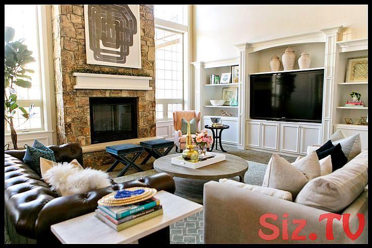 Living Room With Fireplace And Tv On Different Walls House Design Inspirations The B Kleine Wohnung Wohnzimmer Gestaltung Kleiner Räume Wohnung Wohnzimmer