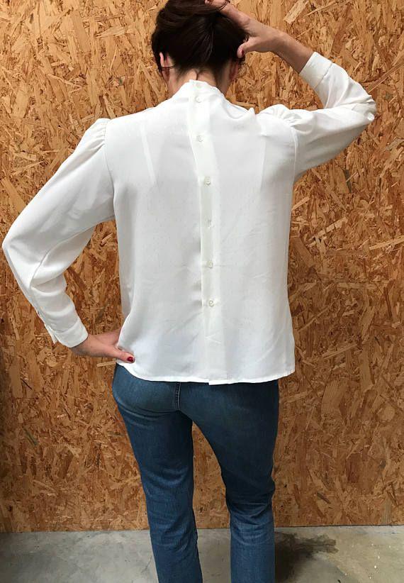 Witte blouse met hoge kraag / Franse vintage / bladerdeeg
