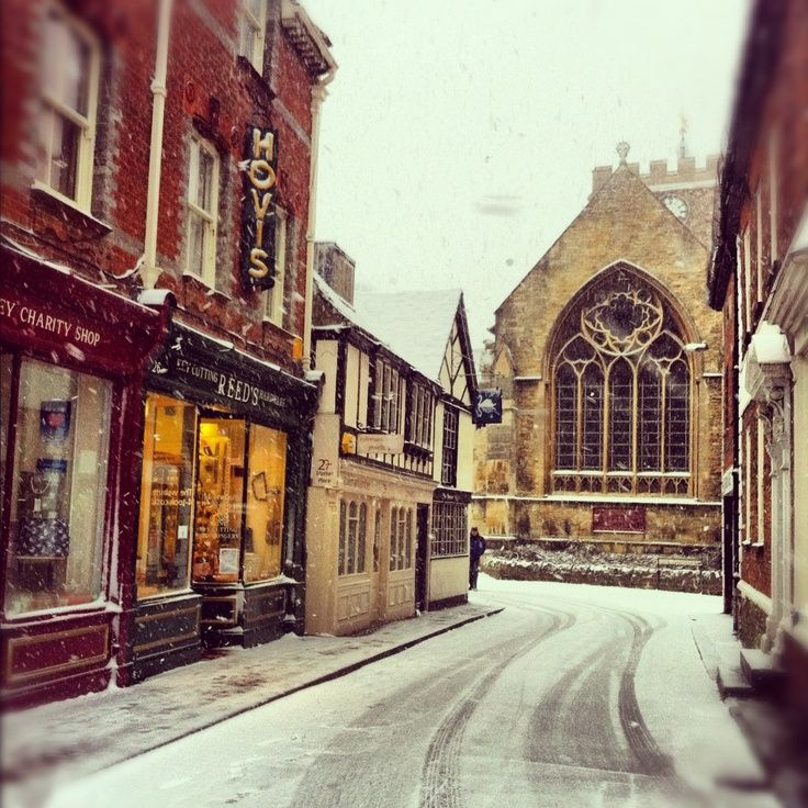 The beautiful market town of Wantage, Oxfordshire, on a snowy January morning