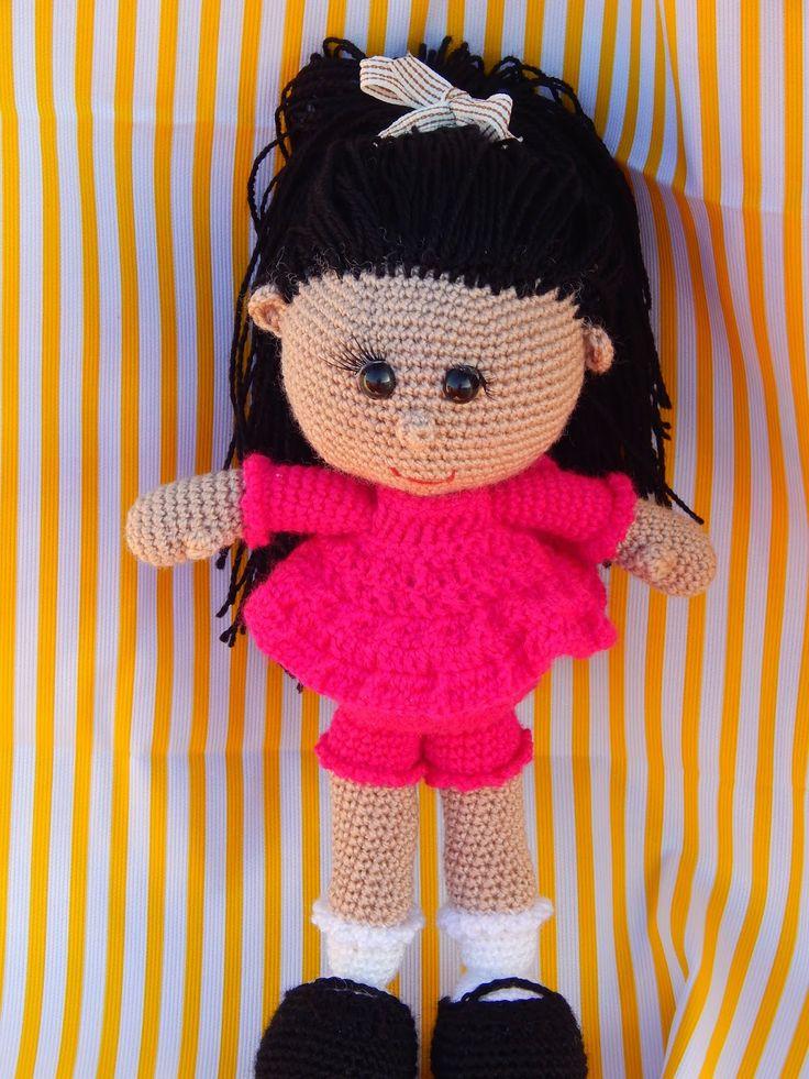 Muñeca Candy Doll Amigurumi - Patrón Gratis en Español más fotos aquí: http://awesomeneedles.blogspot.com.es/2015/01/muneca-amigurumi.html - Patrón aquí: http://awesomeneedles.blogspot.com.es/2015/01/patron-gratis-muneca-amigurumi-askina.html