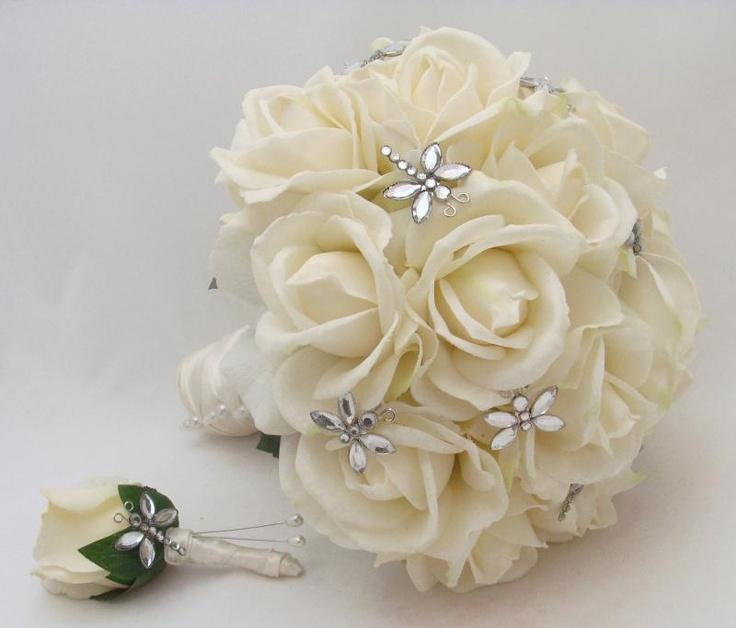 dragonfly wedding bouquet Orlando wedding flowers / www.weddingsbycarlyanes.com