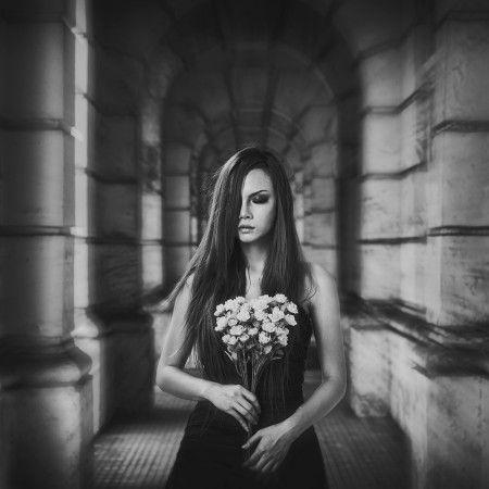 feeling lonely by Rengga Marantica