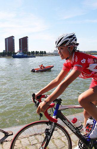 Cycling girl women fitness cycling cyclist bike fitfam fitness fitspo fitspiration