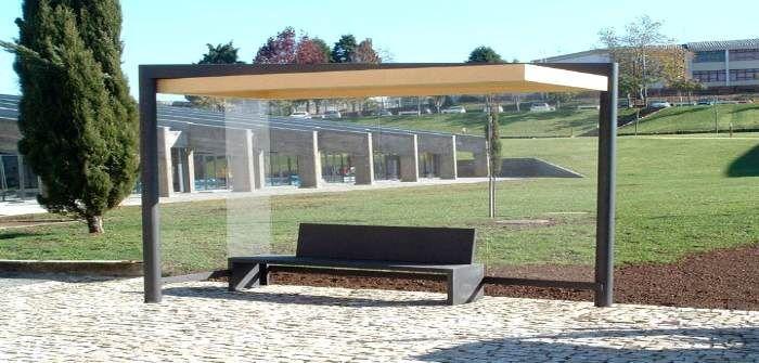 A empresa portuguesa de mobiliário urbano, a Larus, apresentou recentemente 75 soluções com inspiração nas culturas ocidental, árabe e africana.
