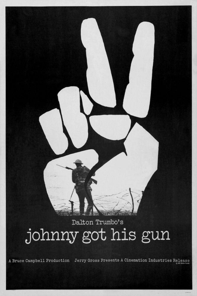 Джонни взял ружье (Johnny Got His Gun) Вызывающе пацифистский фильм, задающий много критически острых вопросов, главный из которых, как мне кажется - кто и зачем устраивает войны? Меньшинство всегда сидит в кабинетах, разрабатывая планы захвата или обороны, затем запускается механизм и привлекается большинство - расходный материал, куски мяса с мозгами закупоренными полуправдой, пропагандой и наглой ложью. Они всегда будут крайними, получать медали или страдать, отвергнутые и одинокие.