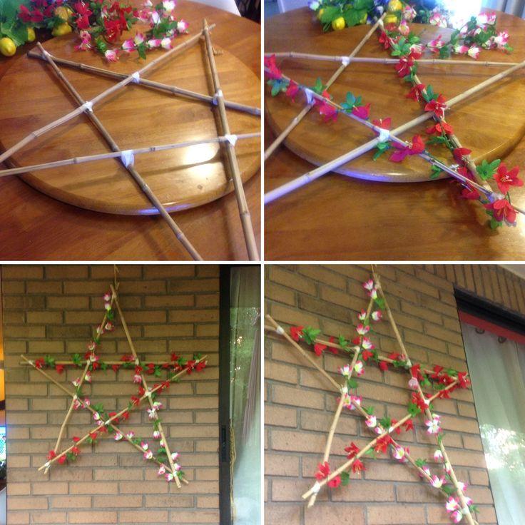 Navidad en verano  Estrella bambú con aplicaciones de enredaderas con flores