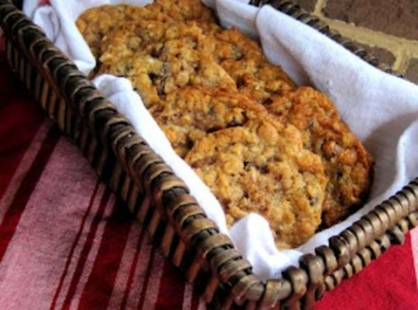 Laura Bush's Texas Governor's Mansion Cowboy Cookies Recipe