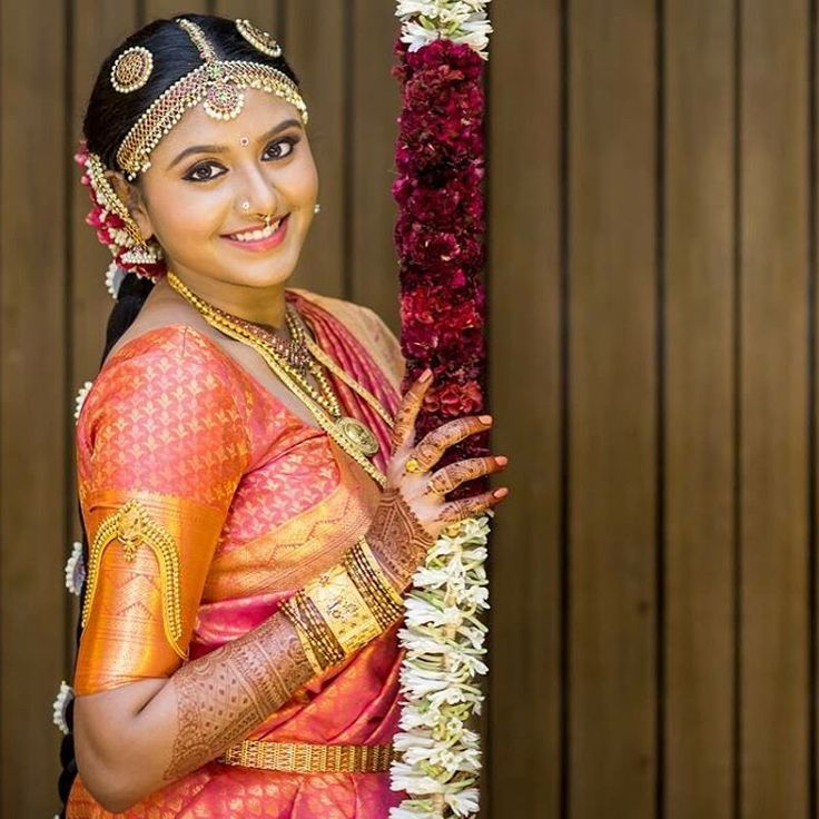 Hairstyles With Flowers Kerala: 122 Best Indian Wedding Hairstyles Images On Pinterest