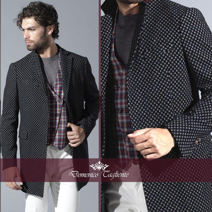 Slancia la figura dell' uomo, dona subito un tocco raffinato ed è perfetto per qualsiasi occasione: il #cappotto è un #must del guardaroba maschile e un trend di stagione.  Per l'uomo è declinato in cromie intense, tipicamente maschili. Abbinalo a colori più chiari e indossalo con un #gilet per un #look da #gentleman.   ---Domenico Tagliente Autumn/Winter 15-16---  #domenicotagliente