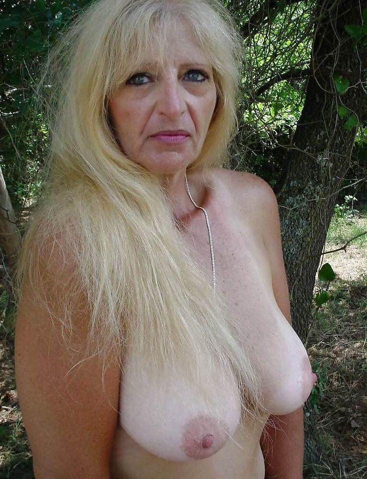 naked crack whores pic