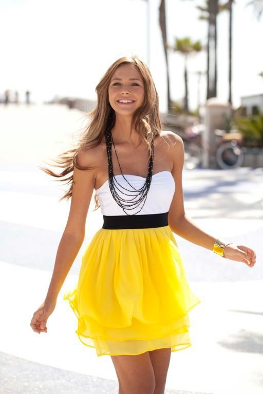 pretty :): Dresses Fashion, Yellow Dresses, Cute Dresses, Summerdress, Yellow Skirts, Summer Outfits, The Dresses, Cute Summer Dresses, Summer Clothing