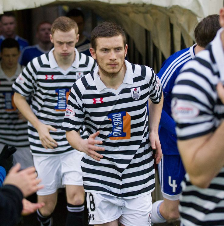 Queen's Park's Gregor Fotheringham before the Ladbrokes League One game between Peterhead and Queen's Park
