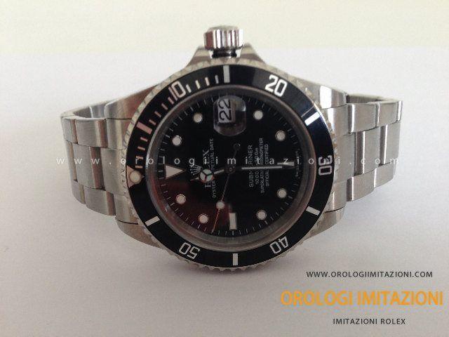 In Vendita il Rolex Submariner Date Imitazione Ghiera Nera Swiss Eta con movimento 2836-2 Swiss Eta. La migliore qualità per il Submariner.