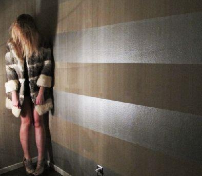 Ralph Lauren Metallic Silver x Flat Taupe wall paint
