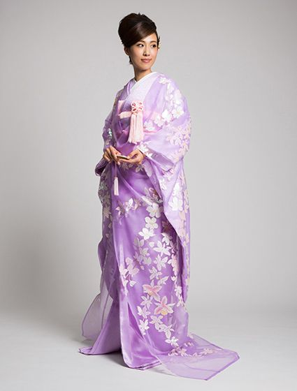 Transparent Floral Uchikake in Lavender Organza by Watabe Wedding