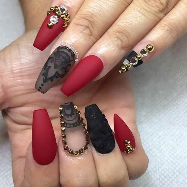 Beautiful and bright maroon nail art design with black. The maroon and black combination never fail to impress and coupled with the gold embellishments it looks even more sophisticated.