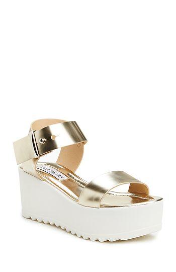 Steve Madden Surfside Platform Sandals in Gold 6 - 10 | DAILYLOOK