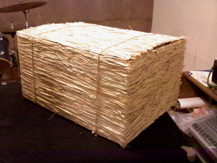 The 25 best wild west decorations ideas on pinterest for Bales of hay for decoration