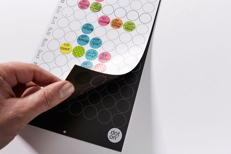 dot on 12x1 maxi - Schöner #Planen mit 7 #dots pro Tag  #doton #Kalender #planner #klebepunkte #dots #calendar #familienplaner
