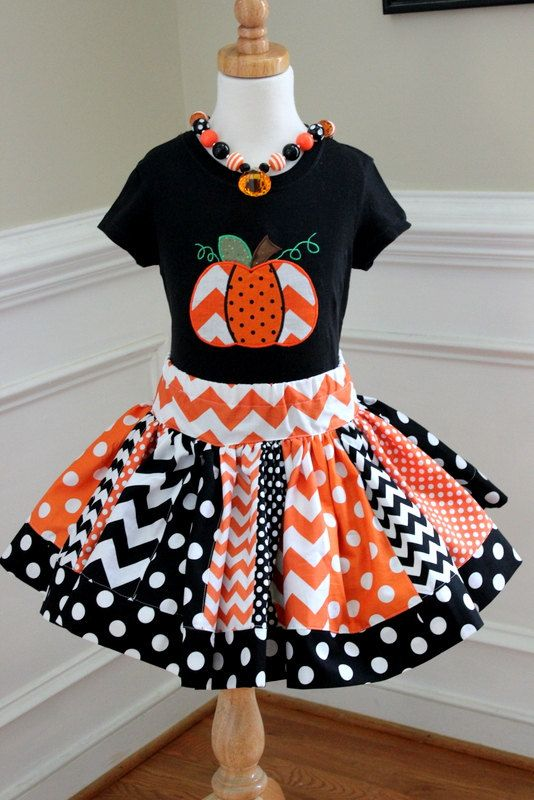 chevron halloween pumpkin outfit halloween skirt set Girls Halloween clothing chevron skirt  pumpkin shirt girl toddler baby skirt polka dot