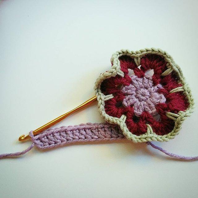 Learning foundation double crochet and how to make an African flower 🏵😍😍😍 .  #ilovecrochet #africanflower #fdc #crochetersgonnacrochet #crochetersofinstagram #instacrochet  #instaflower