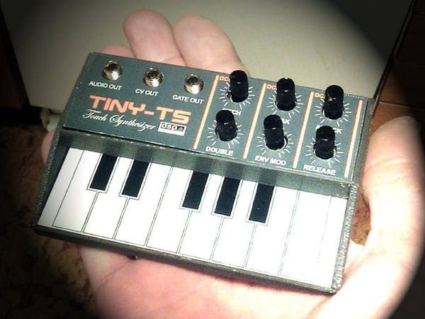 The Tiny TS is a credit card sized (100x65mm) fully open