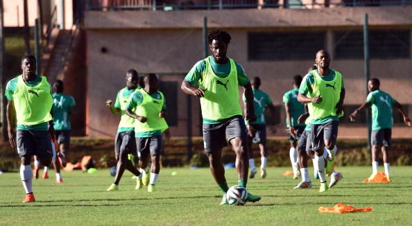 Ivory Coast's forward Wilfried Bony (C) takes part in a training session in Aguas de Lindoia, on June 11, 2014, ahead of the 2014 FIFA World Cup football tournament in Brazil.