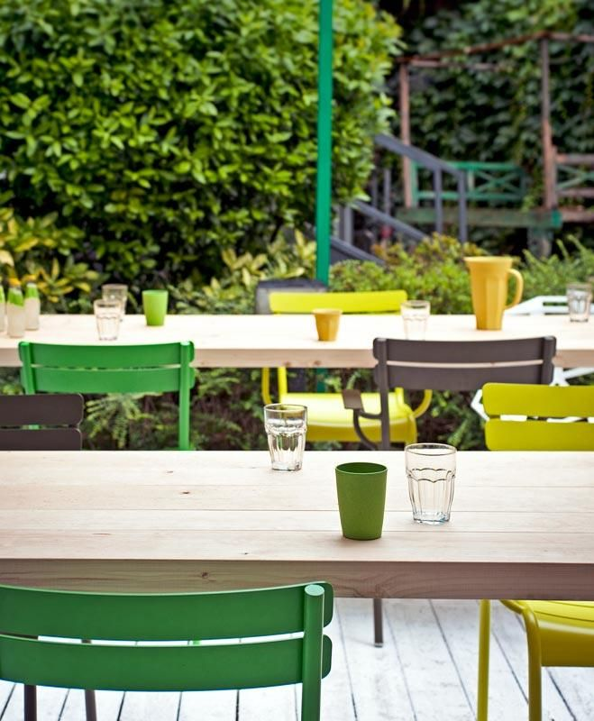 #Terrasse avec chaises #Luxembourg #Fermob www.fermob.com / #terrace #outdoor