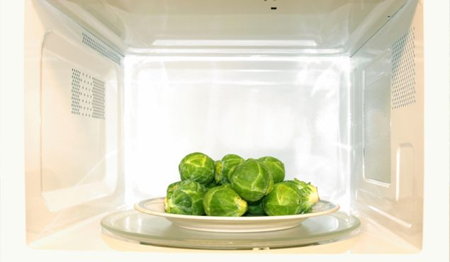 Ask the Diet Doctor: Does Microwaving Vegetables Really 'Kill' Nutrients?