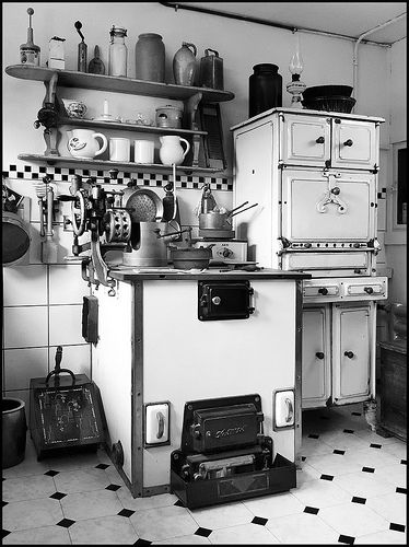 20 best vintage kitchens images on Pinterest Vintage kitchen