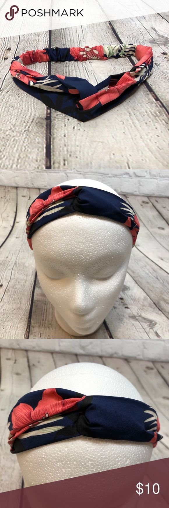 Knotted Boho Headband Floral Navy Pink White This knotted headband is super cute