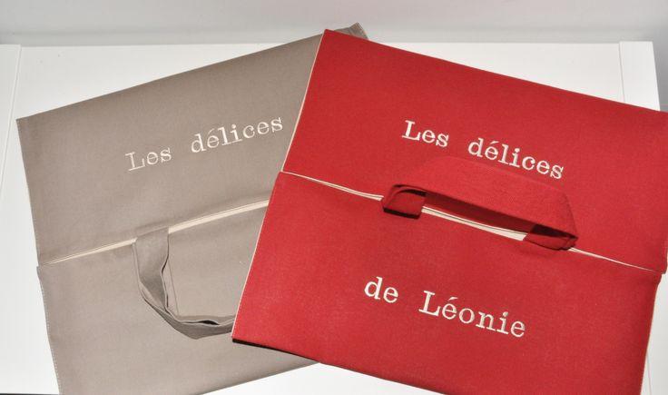 """Noël sac à tarte """"les délices de..."""" broderie personnalisée au prénom pour cadeaux noel,anniversaire,femme : Autres sacs par lbm-creation"""