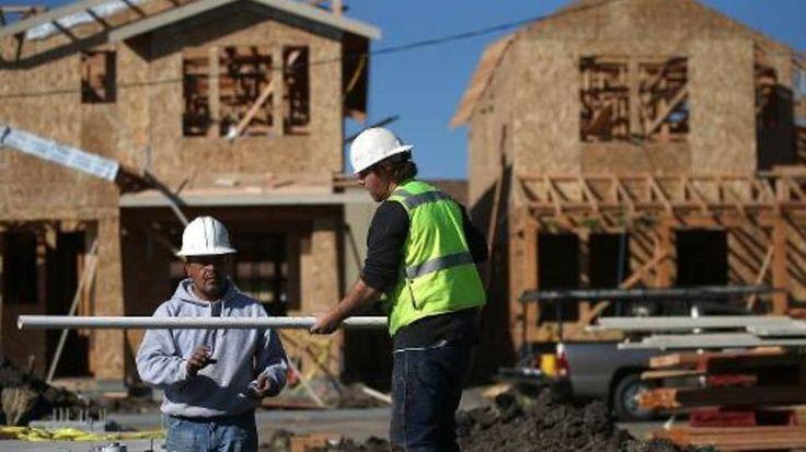 Na mesma base de comparação, foi registrado aumento de 0,06% nos materiais de construção